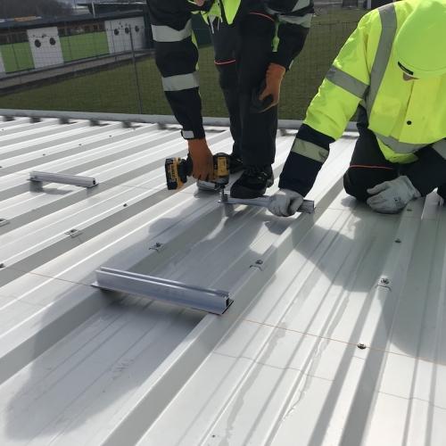 Wybrane instalacje dachowe powyżej 50kWp/ Selected roof installations / Ausgewählte Dachinstallationen